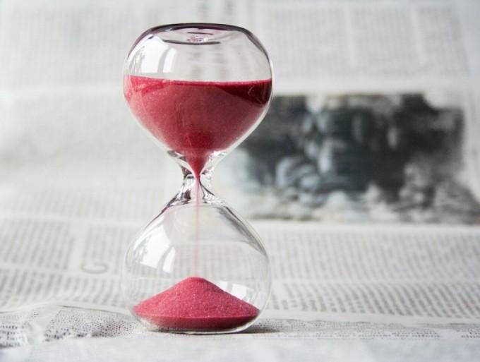 s-hourglass-620397_1280