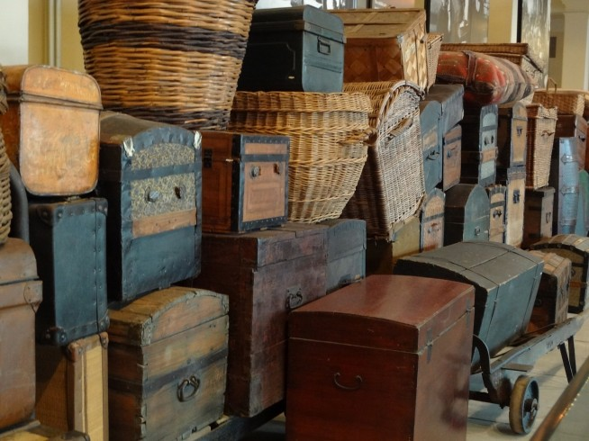 s-vintage-luggage-652875_1280