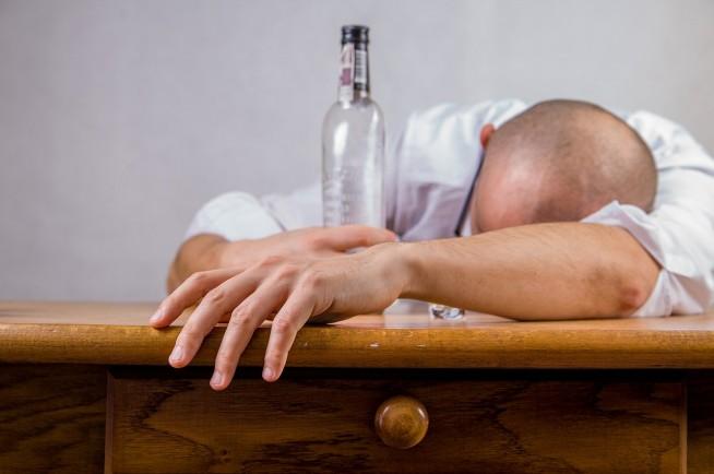 s-alcohol-428392_1280