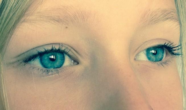 s-eyes-381928_1280