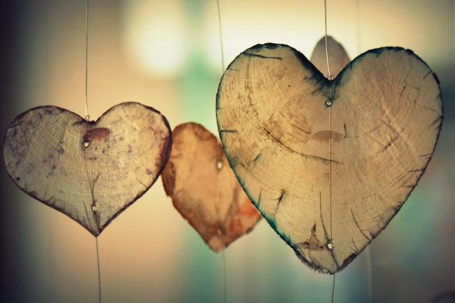 s-heart-700141_1280