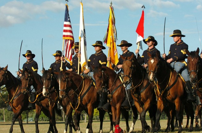 s-mounted-color-guard-871473_1280