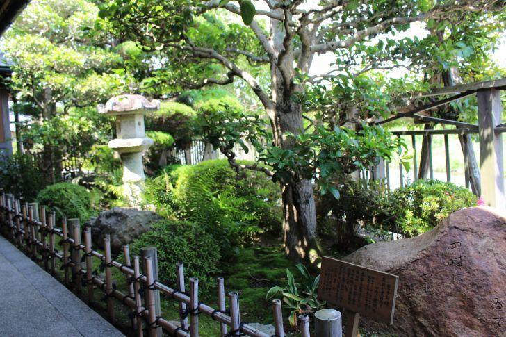 赤福本店の庭