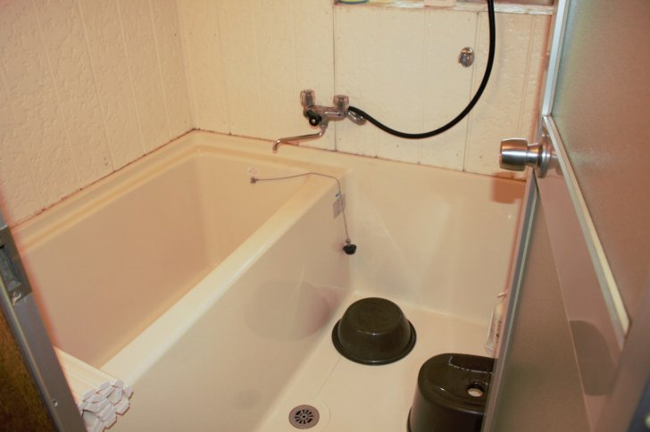 bath-room-airbnb