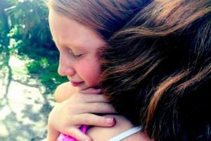 s-hug-love