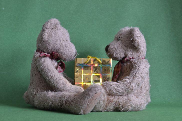 s-present-gift