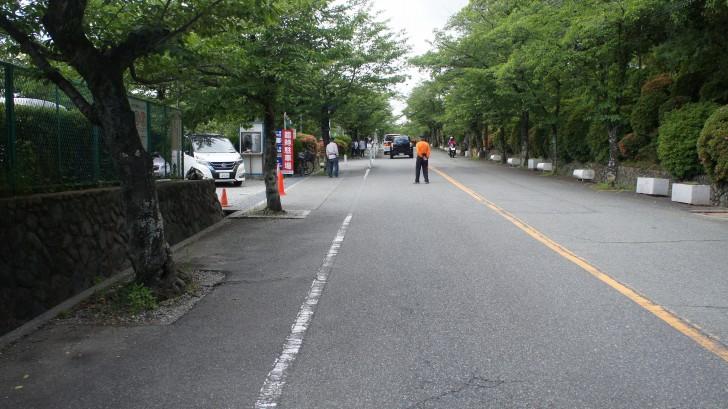 五月山動物園への道の写真