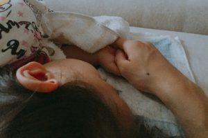 子どもの寝ている姿