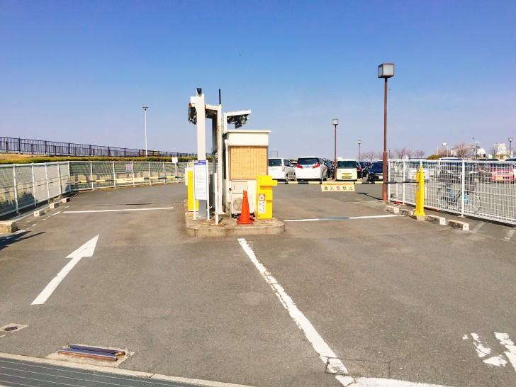 駐車場第1の入口