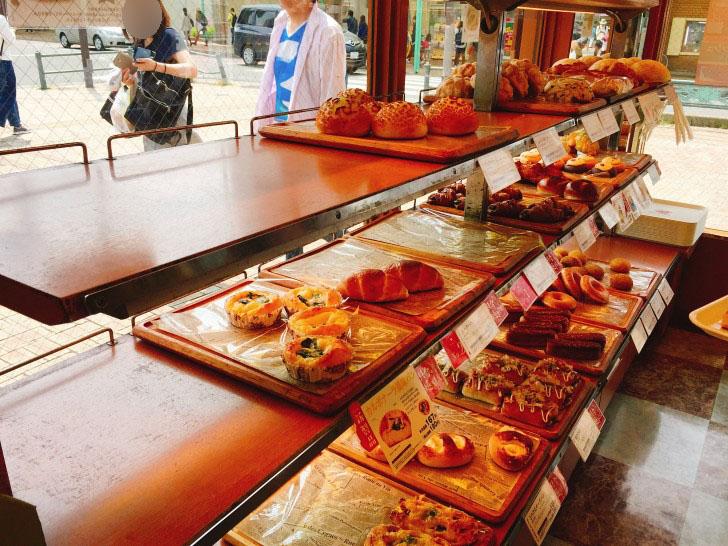 SANTETOILE(サンエトワーレ)のパン