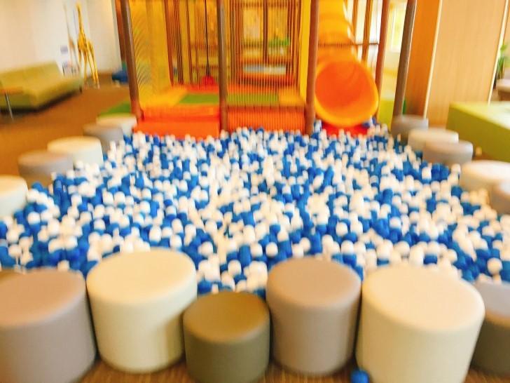 ボールプール