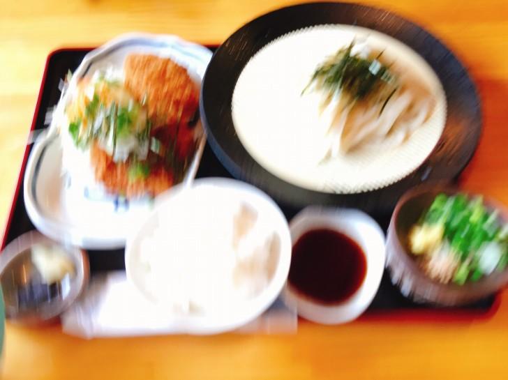 チキコロセット(おろしチキンカツ・コロッケ・ライス・うどん)